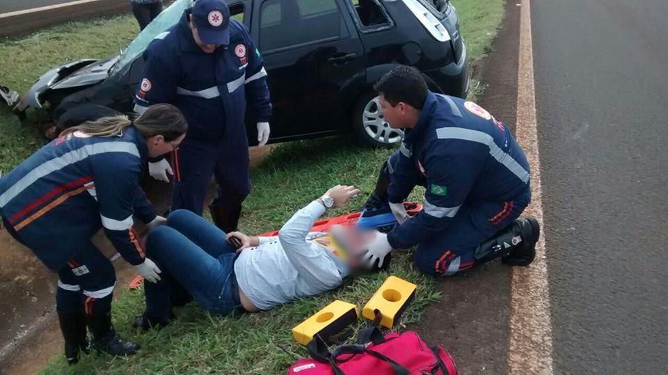 Após acidente, PRF prende estudante de direito que usou fita isolante para adulterar placa de carro