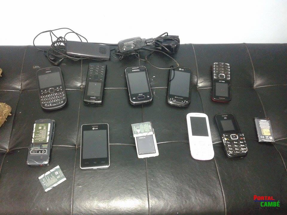 Menores são detidos ao tentar arremessar drogas e telefones para dentro da cadeia de Cambé