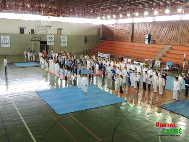 Foi realizado em Cambé o 1º Festival Municipal de Taekwondo
