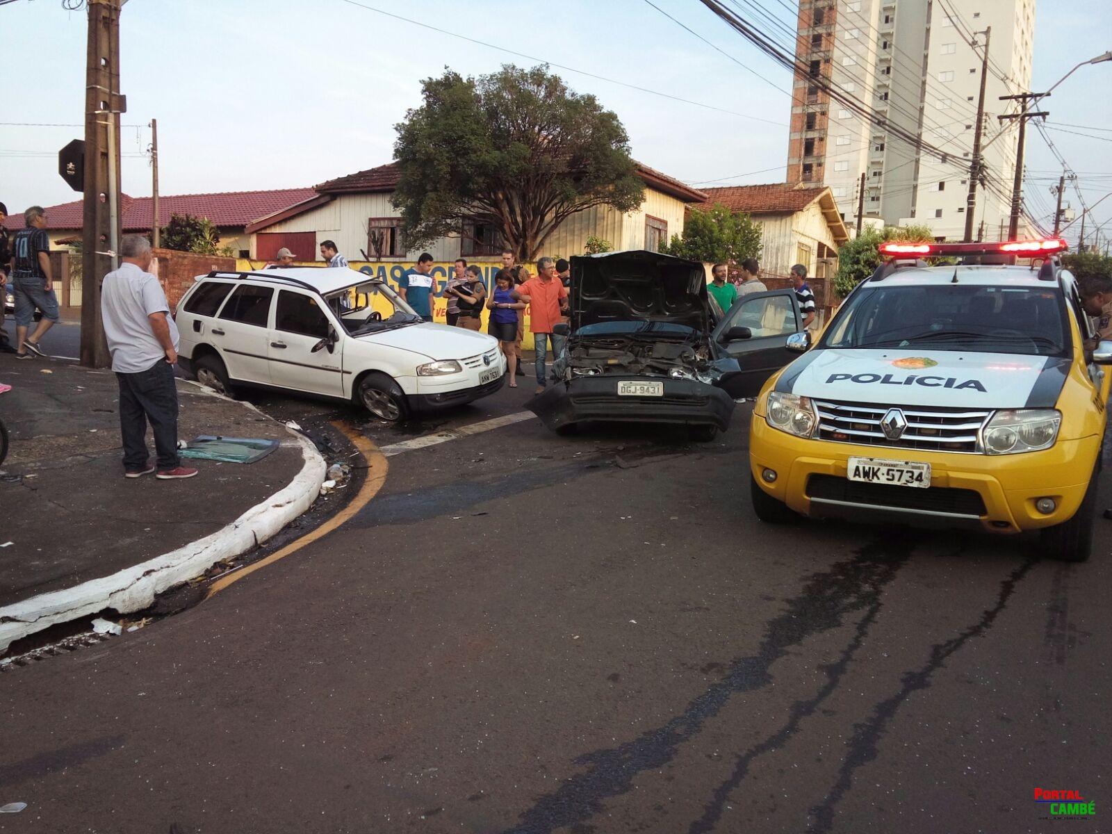 Grave acidente foi registrado na manhã deste sábado (14) no Centro de Cambé