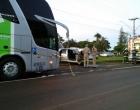 (Vídeo) Jovem na Contramão bate de frente com Ônibus na AV Tiradentes em Londrina