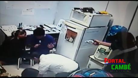 Funcionários são mantidos reféns durante assalto a loja da Vivo