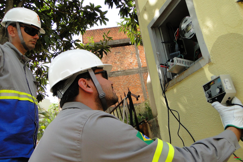 Gato: Copel desfez 8,6 mil casos de fraude de energia no semestre