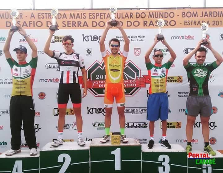 Equipe de ciclismo de Cambé traz ótimos resultados de Santa Catarina