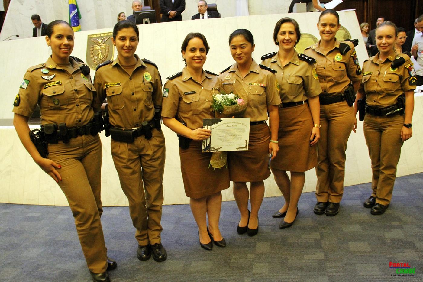 Assembleia Legislativa do Paraná homenageia as policiais militares