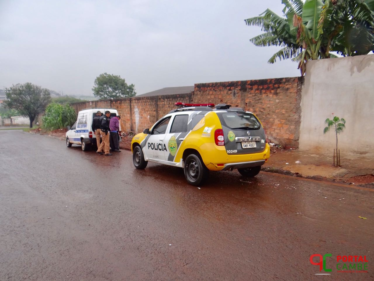 Veículo furtado em Londrina é localizado abandonado no Jardim Ana Rosa em Cambé