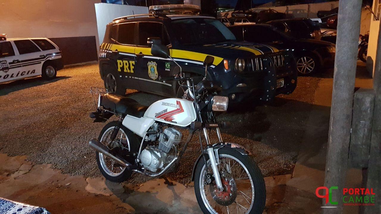 Dupla é presa pela PRF após tentativa de fuga em Ibiporã.