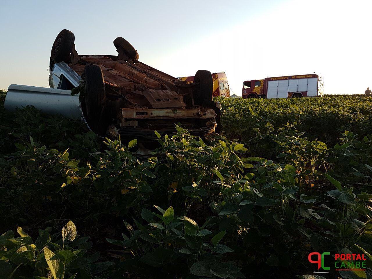 Motorista perde o controle da direção e morre após capotamento em Cambé