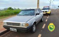 Veículo furtado no Jardim Tarobá em Cambé é encontrado em estado de abandono