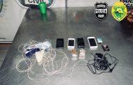 """Nova tentativa de arremesso de """"kit"""" para dentro da cadeia de Cambé é frustrada por policiais"""