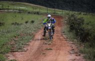 Rally Minas Brasil: cambeense fez patinação na lama e subiu ao pódio