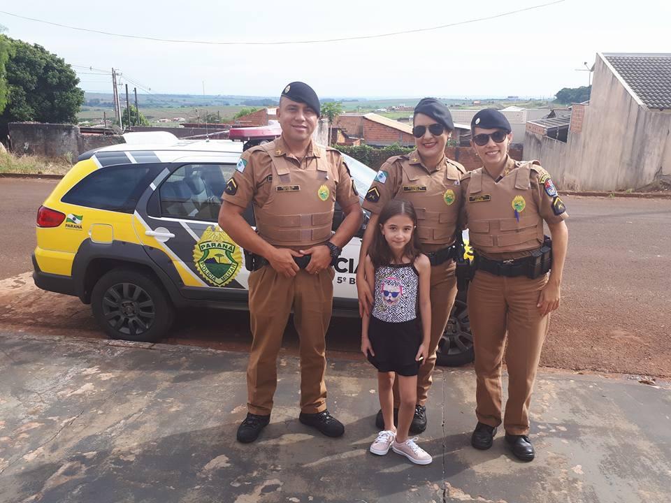 Policiais Militares fazem surpresa no aniversário da pequena Ana Beatriz em Cambé