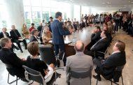 Richa nomeia novos delegados e agentes da Polícia Científica
