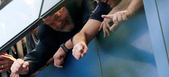 Advogados negociam para que Lula seja preso neste sábado