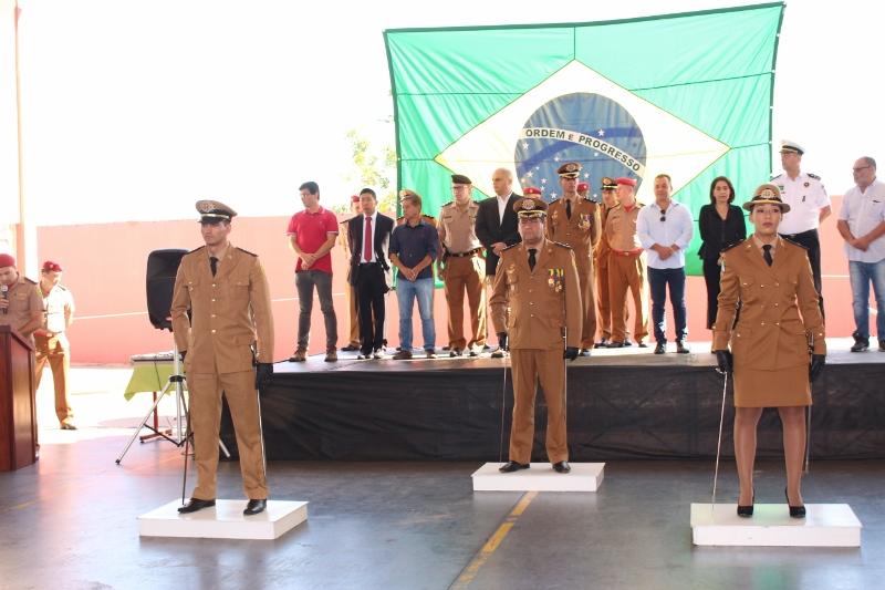 Tenente Luana é a primeira mulher na história a assumir o Corpo de Bombeiros de Cambé.