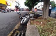 Mulher  de 50 anos perde a vida em acidente de motocicleta no Jardim Santo Amaro em Cambé
